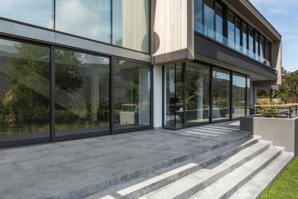 Artmar-GRANITE_1200x600x15mm_Venus-Grey-Granite-Tiles_Leathered-Finish.jpg