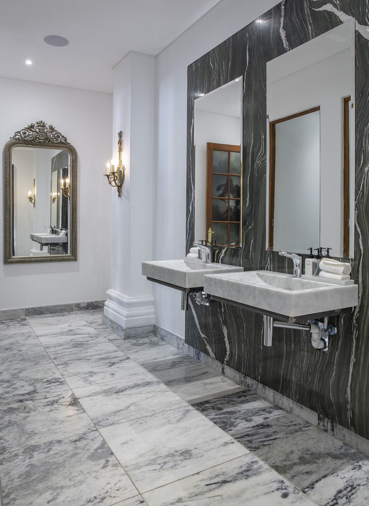 Artmar-MARBLE-SLABS_COMMERCIAL-PROJECT_Lanzerac-Hotel_Fantasy-Green-Marble-Feature-Wall-Bespoke-Installation_Supply-Fit-with-600x600x20mm_Volakas-Marble-Floors-1.jpg