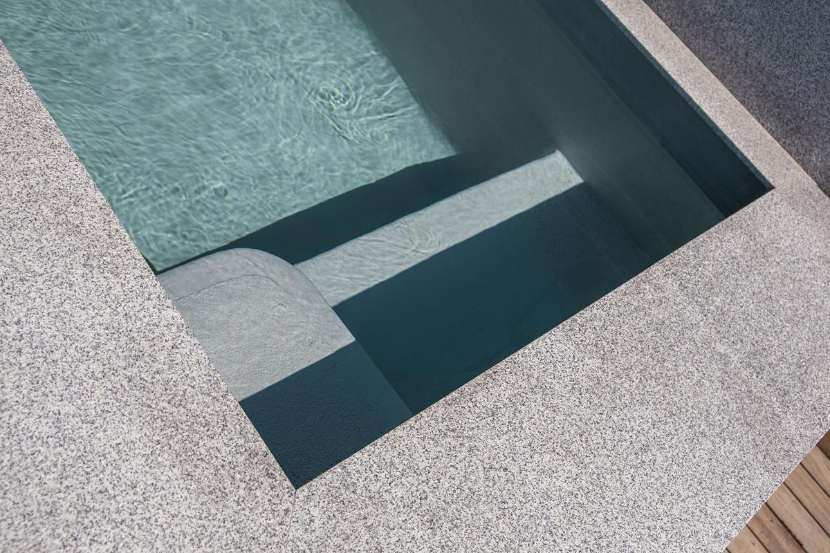 Artmar-GRANITE_1200x600x15mm_Speckled-White-Granite-Tiles_Leathered-Finish.jpg